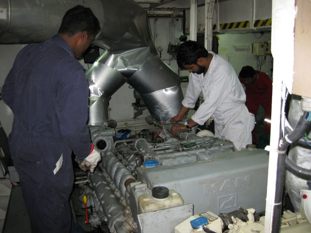 Ship Drydocking And Technical Photo 16